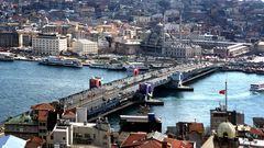 Die Galata Brücke
