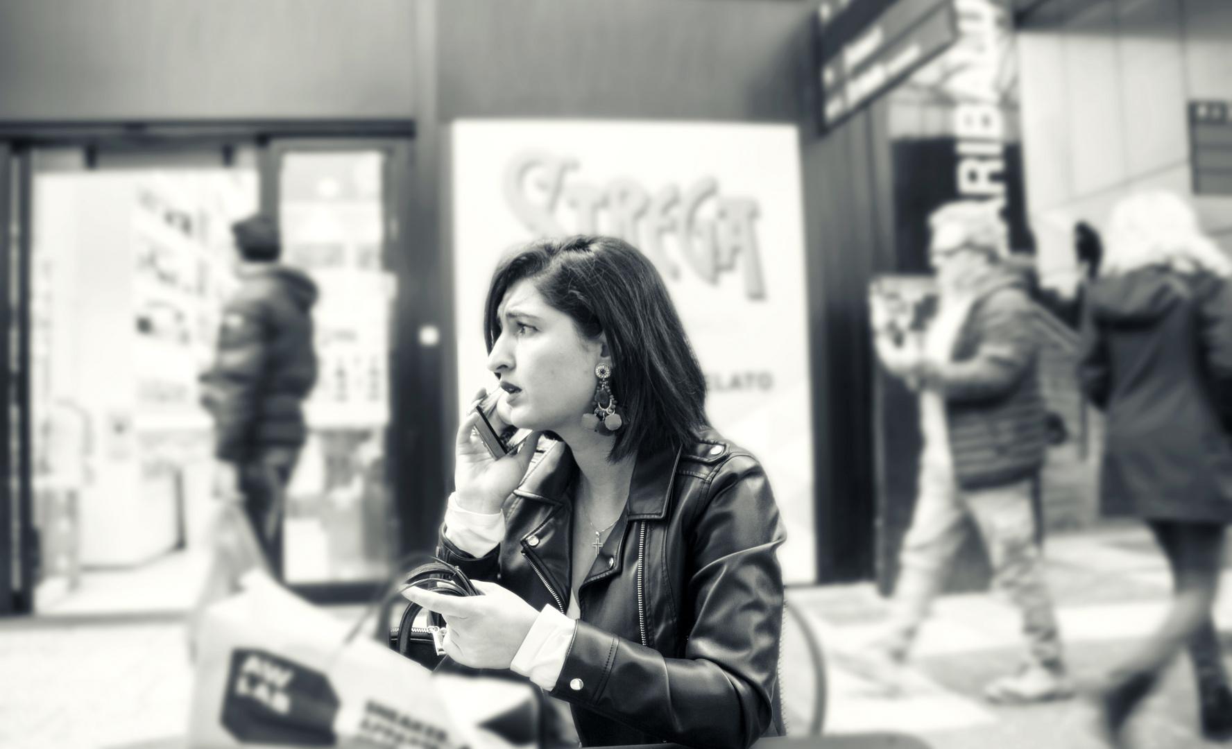 Die Galleria Commerciale in Neapel ist ein beliebter Treffpunkt.