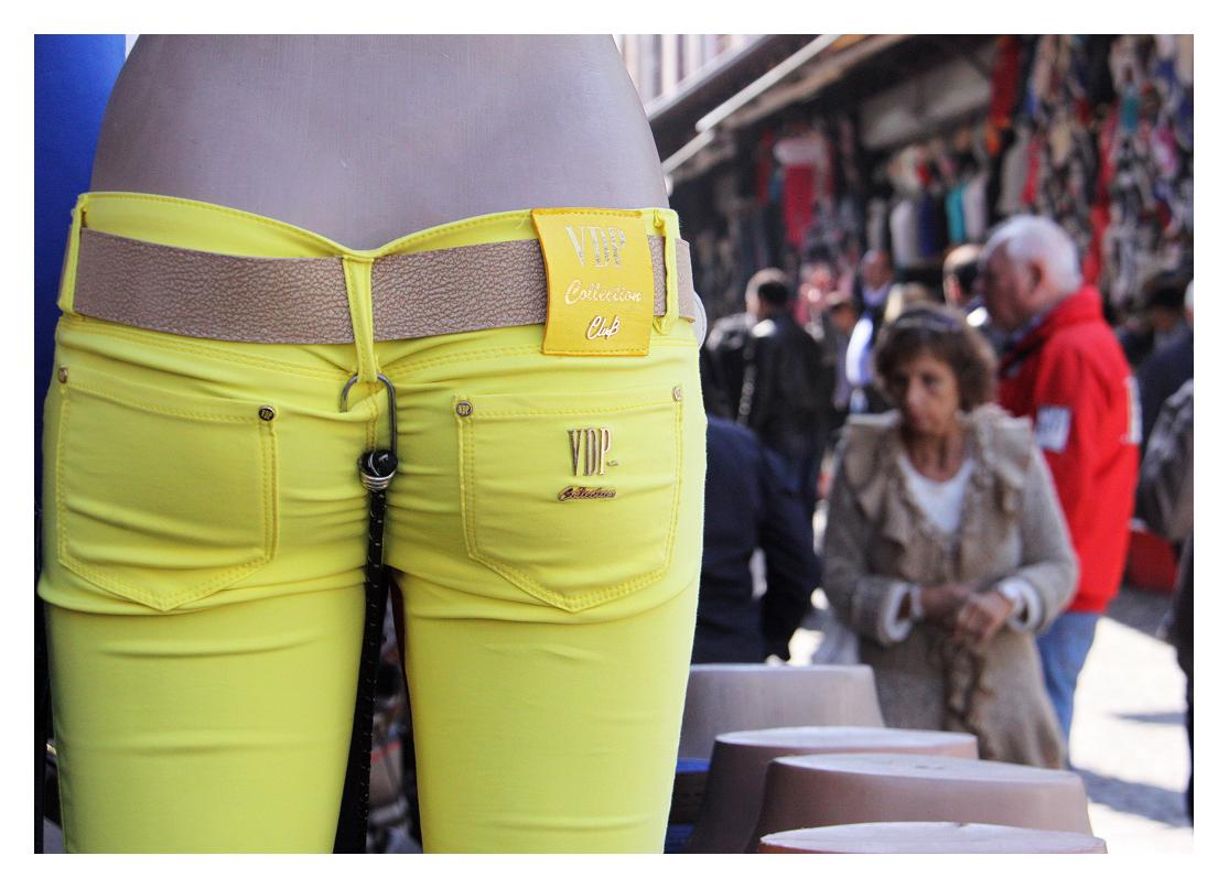 die gelbe Hose