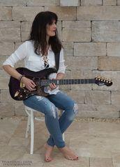 die Gitarre.....