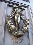 Die Glückliche Tür..