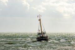 Die Gret-Palucca fährt in den Hafen von List ein