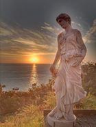 Die griechische Statue vor dem französischen Meer...