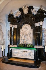 Die Gruft mit dem Grab des Bonifatius