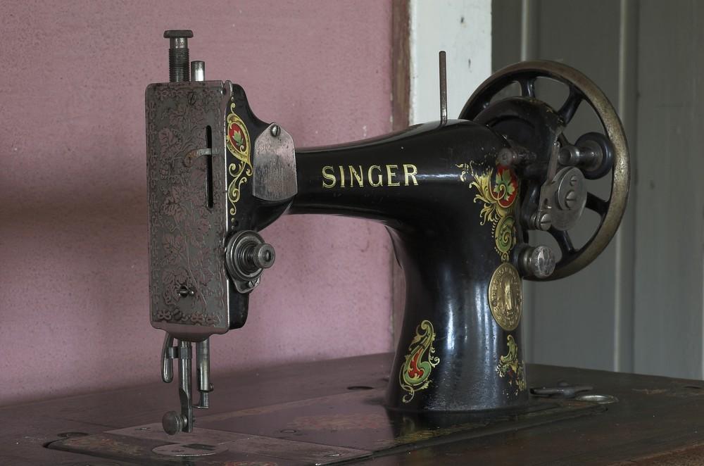 Die gute alte Singer Nähmaschine