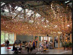 ...Die hängenden Gärten von BIKINI BERLIN...