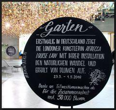 ...Die hängenden Gärten von BIKINI BERLIN... III