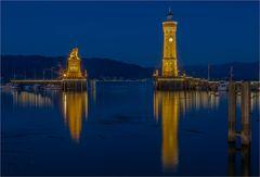 Die Hafeneinfahrt von Lindau Bodensee