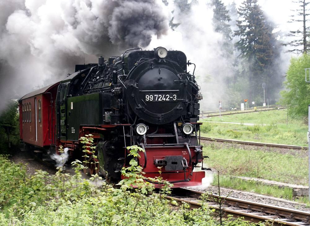 Die Harzer Schmalspurbahn auf dem Weg zum Brocken