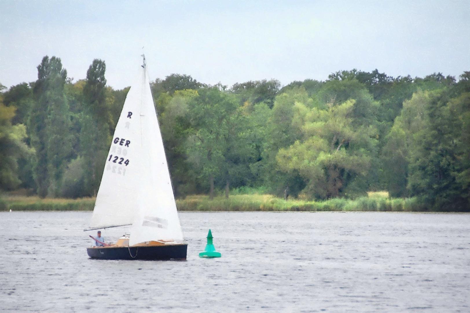 die Havel, das Boot und die grüne Boje -