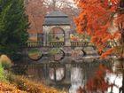 Die Hochzeitsbrücke im Park von Schloss Dyck