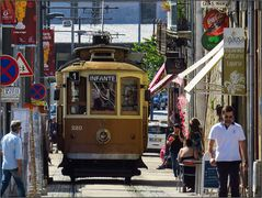 Die hübsche Straßenbahn ...
