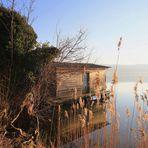Die Hütte im See