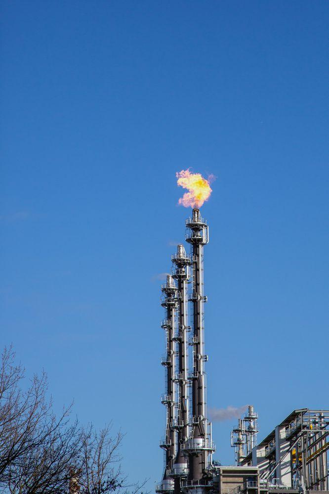 Die Industrie wird genau wie wir alle umdenken müssen, zumindest weg von der CO2-Emission.