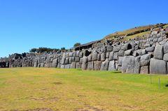 Die Inka-Festung Sacsayhuaman bei Cusco (1)