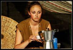 Die Kaffeetrinkerin 2