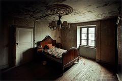* die Kammer *