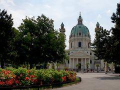 Die Karlskirche am Tag