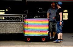 Die Kiste mit dem Regenbogen...!