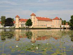 Die klassische Sicht auf Schloss Rheinsberg