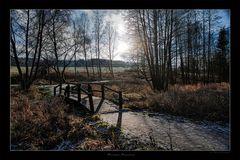 Die kleine Brücke im Herbst