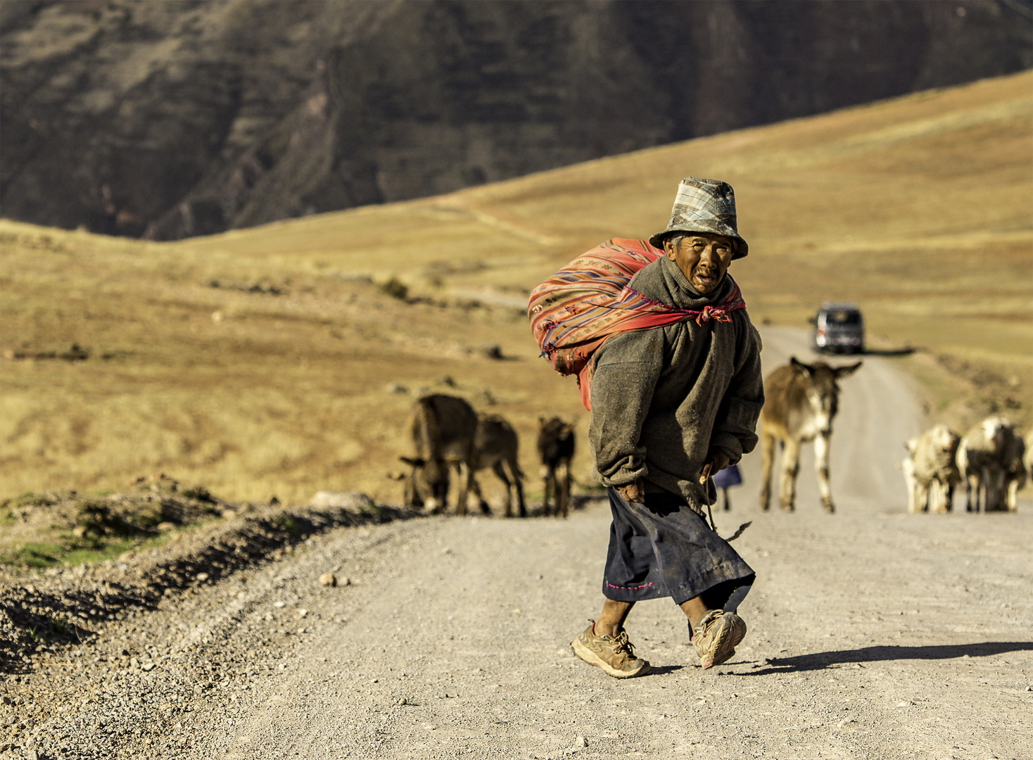 DIE KLEINEN MENSCHEN VON PERU
