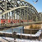 Die Kölner Hohenzollernbrücke