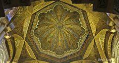 Die Kuppel der Moschee II