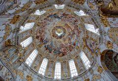 Die Kuppeldecke im Kloster Ettal