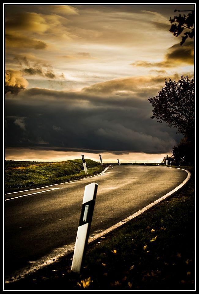 """""""Die Landstrasse und die Wolken"""""""