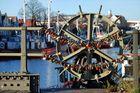 Die Liebesbrücke in Warnemünde (1)