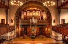 Die Mächtige Orgel