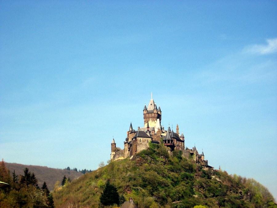 Die Märchenburg auf dem Berg
