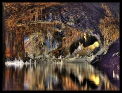 Die Märchenhöhle in den Feengrotten
