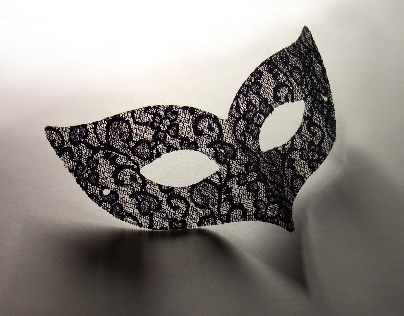 die maske das licht aufhält