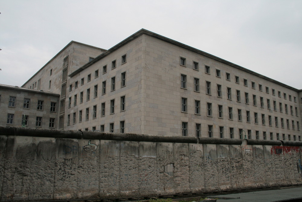 Die Mauer am Tag der deutschen Einheit 2007