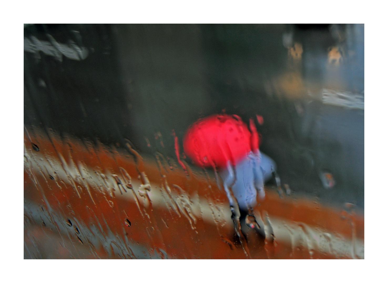 Die mit dem roten Regenschirm