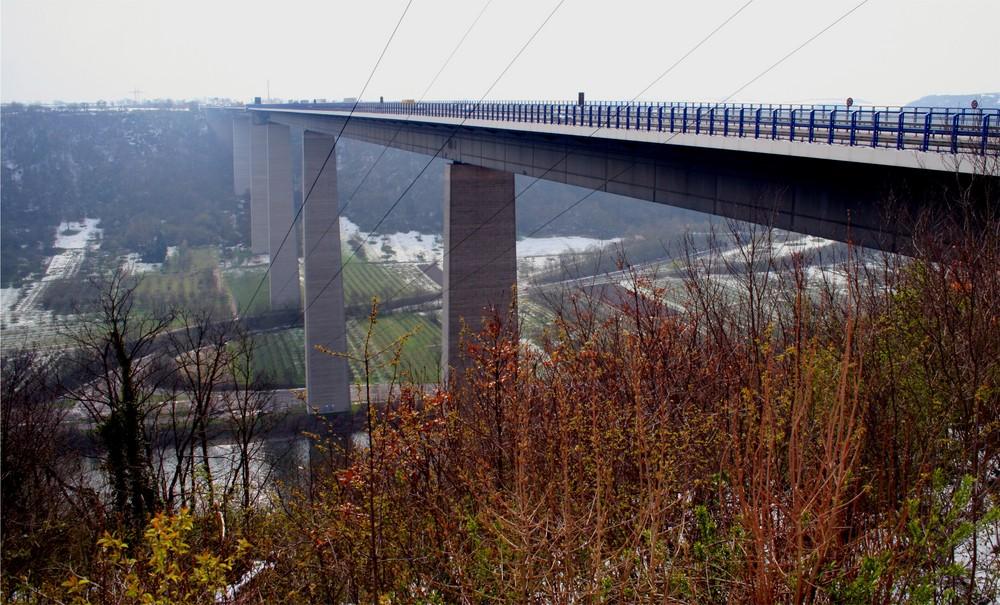 Die Moseltalbrücke bei Koblenz