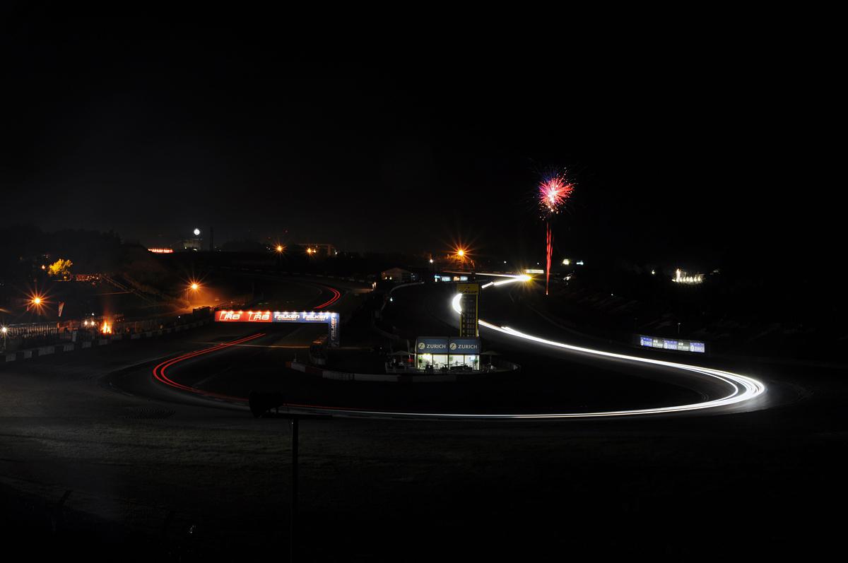 Die Nacht ist besonders faszienierend @24h Rennen