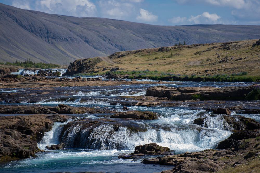 die natürlichen Wasserläufe in Island