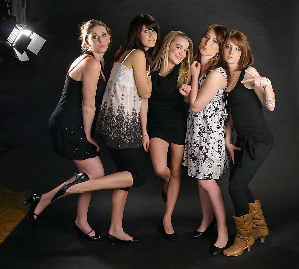 die neue Generation Bond-Girls (3)