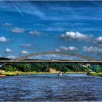 die neue Waldschlößchenbrücke