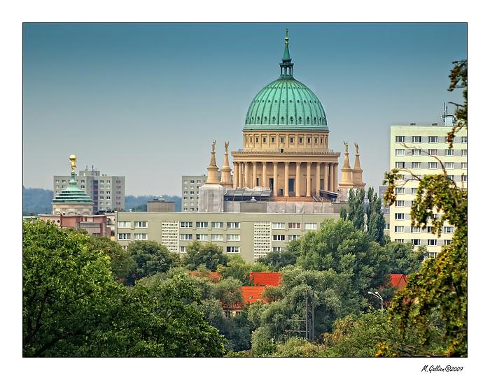 Die Nikolaikirche in Potsdam...