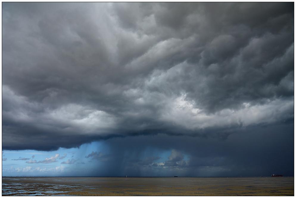 Die Nordsee verdunkelt sich...
