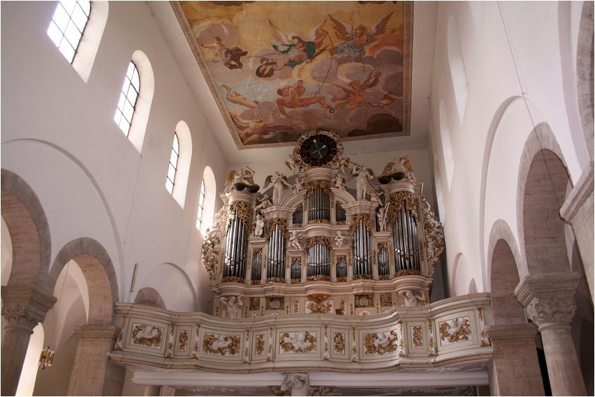 Die Orgel...