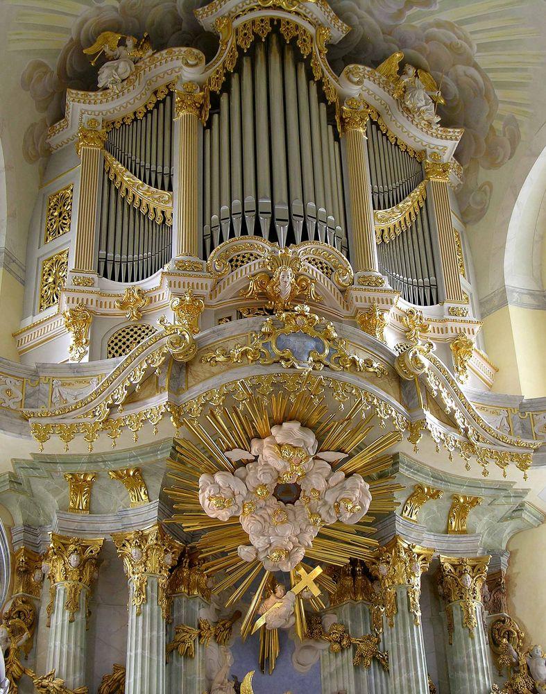 die orgel der frauenkirche zu dresden foto bild architektur sakralbauten innenansichten. Black Bedroom Furniture Sets. Home Design Ideas