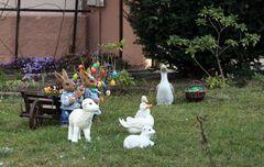 die Osterlämmer warten