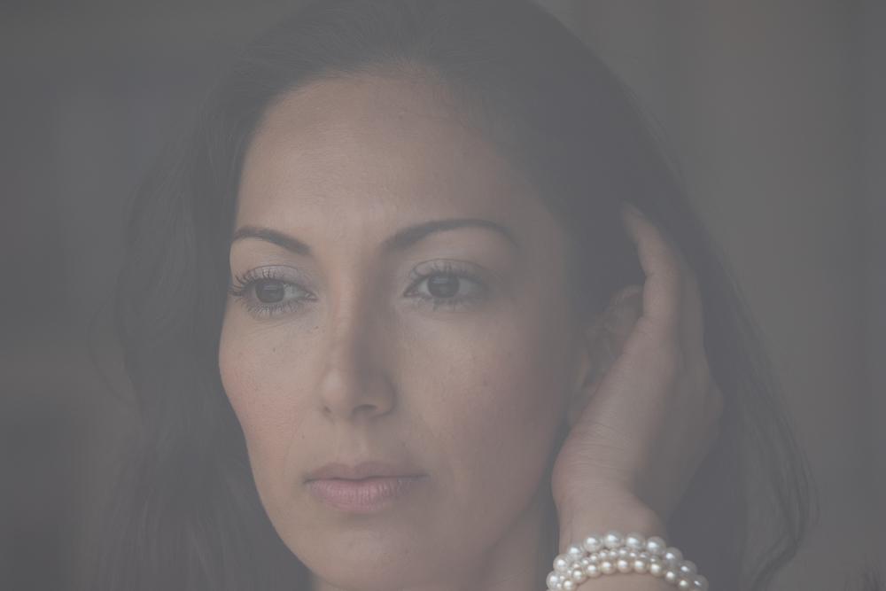 Die Perlenkette,hinter Glas