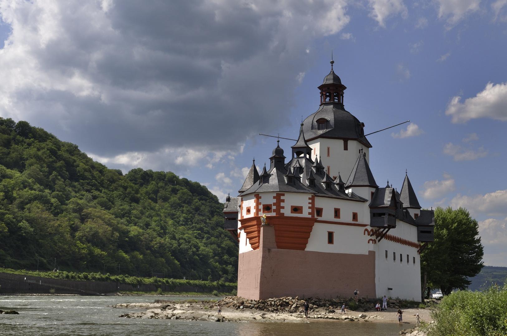 """die Pfalzgrafenstein, das """"steinerne Schiff im Rhein"""""""