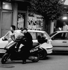 die Polizei ist abgelenkt
